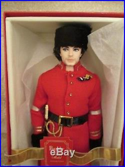 Nicolai Silkstone Russian Ken Doll Nrfb Le 4000 Gold Label T7679