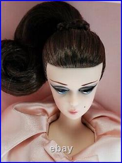 Nrfb Barbie (n303) Barbie Silkstone Blush Beauty Gold Label Collection Mib Doll