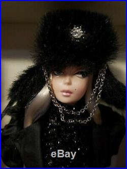 Rare Verushka Silkstone Barbie Doll 2010 Gold Label Mattel T7674 Nrfb