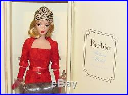 Red Hot Reviews Silkstone Barbie NRFB 2006 #K7918 9,700 worldwide Replacement