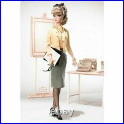 Secretary Silkstone Barbie doll 2007 Fashion Model Collection New in tissued box
