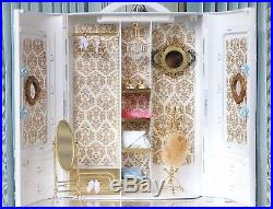 Silkstone Ave Barbie Doll White And Gold Boutique BFMC Fashion Model Diorama