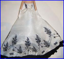 Silkstone Barbie Fashion Black and-White Long Gown For Barbie Dolls ske39