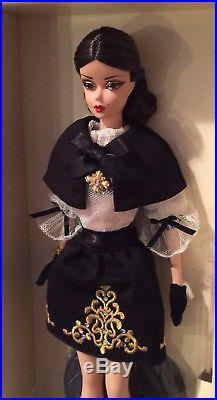 Silkstone Dulcissima Barbie Dramatic Black Ensemble Golden Embroidered Boots WOW