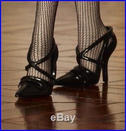 Silkstone WALKING SUIT 2012 Ltd Ed GOLD LABEL 6600 Robert Best Barbie W3424 NRFB