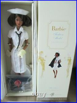 THE NURSE AA Silkstone Barbie PLATINUM LABEL NRFB Mint #746/999