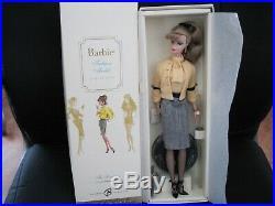THE SECRETARY Silkstone Barbie mint condition