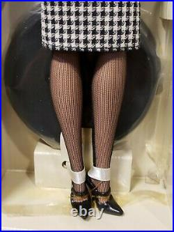 The Teacher Silkstone Barbie Doll 2005 Gold Label Mattel J4257 Nrfb