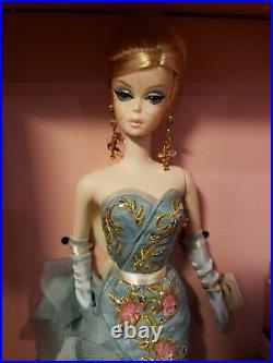 Tribute 10 Years Silkstone Barbie Doll 2010 Gold Label Mattel T2155 Nrfb